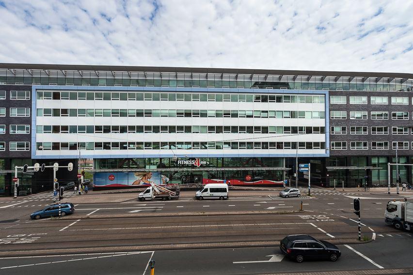 Bos en Lommerplein 270 - 300 Bruggebouw