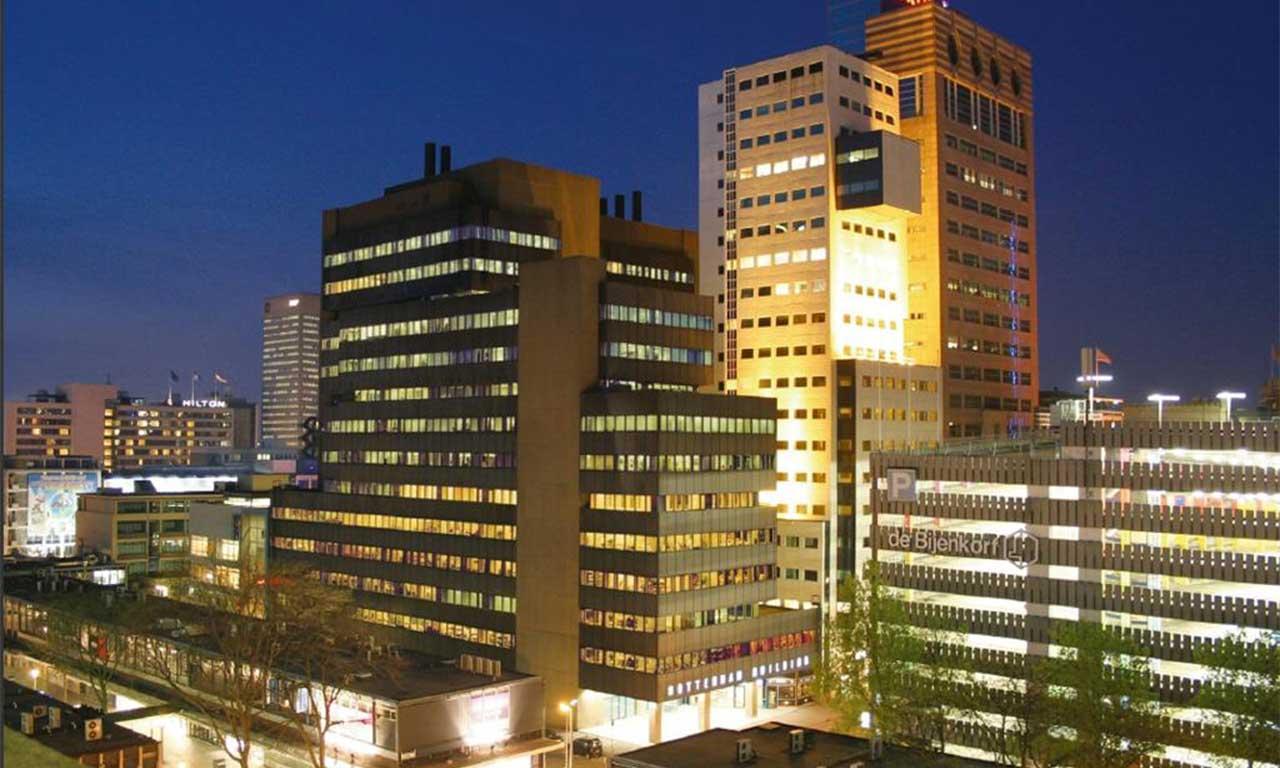 Aert van Nesstraat 45 Rotterdam Building Avond